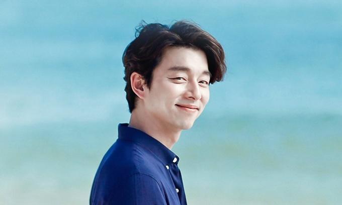 <p> ''Thần chết'' Gong Yoo luôn là hình mẫu hoàn hảo trong mắt khán giả Hàn Quốc. Nam diễn viên gây ''bão'' với những tác phẩm như <em>Goblin, Train to Busan</em>... Mỗi lần xuất hiện, Gong Yoo luôn khiến các fan nữ mê mẩn bởi phong thái lịch thiệp, nam tính và nụ cười ấm áp. Ngôi sao luôn hoạt động chăm chỉ, liên tục và là hình mẫu trong mơ ''bất khả xâm phạm'' của khán giả Hàn.</p>