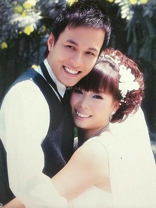 Ảnh cưới của Hồng Đăng và bà xã.