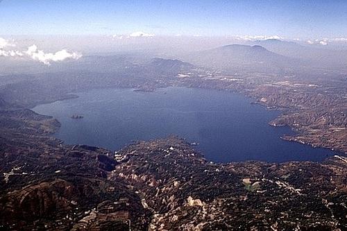 Bạn có biết 7 ngọn núi lửa nguy hiểm nhất thế giới? - 4