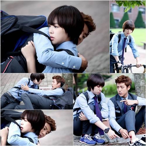 Lee Hyun Woo hóa thân vào cậu bạn Eun Kyul si tình.