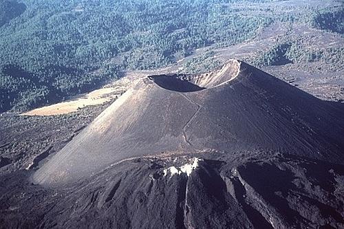 Bạn có biết 7 ngọn núi lửa nguy hiểm nhất thế giới? - 6
