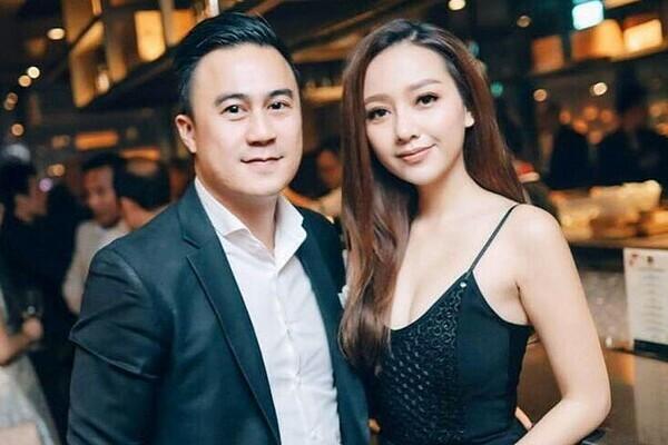 Băng Di cho biết cô đang trông chờ vào một lời cầu hôn từ bạn trai và muốn sinh con sớm. Cô khẳng định chỉ sinh con sau khi đã kết hôn.