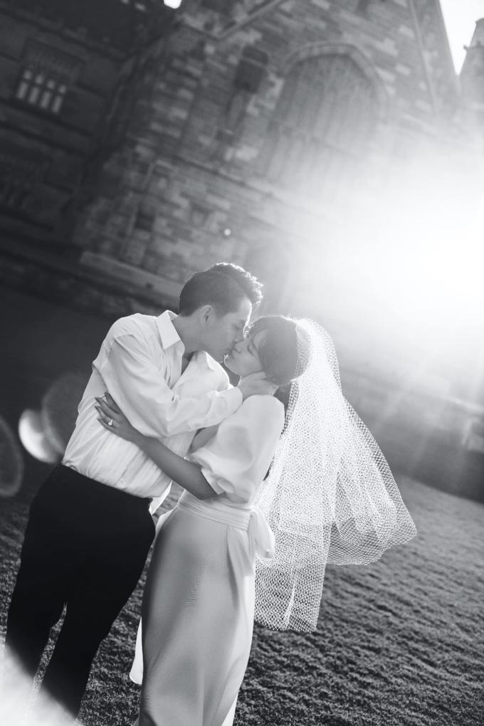 <p> Ngày 9/11, Đông Nhi sẽ lên xe hoa về nhà chồng bằng đám cưới được tổ chức tại Phú Quốc. Càng sát ngày đặc biệt của cuộc đời, nữ ca sĩ có nhiều cảm xúc muốn chia sẻ, trong đó có bộ ảnh cưới chụp tại Sydney, Australia.</p>