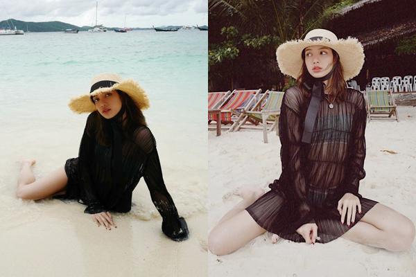 Lisa biến hóa đầy gợi cảm trongloạt hình nghỉ dưỡng bên bờ biển. Cô nàng mặc đồ tắm hai mảnh với váy xuyên thấu, tạo dáng khá táo bạo.