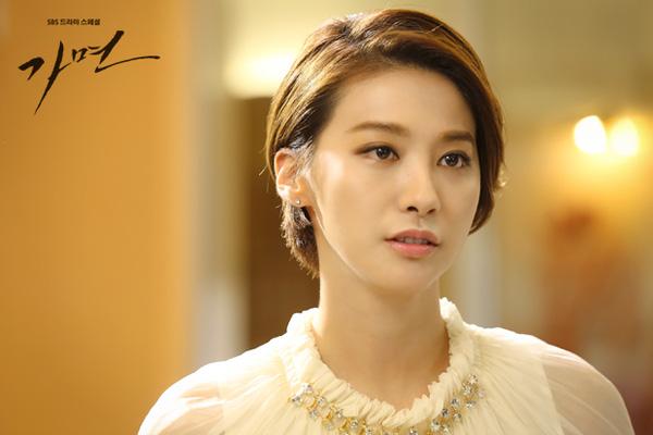 Phim Hàn tháng 11: Cuộc chạy đua của loạt drama tình cảm - 9