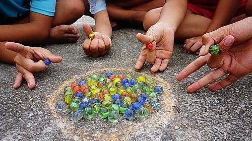 Bạn còn nhớ trò chơi tuổi thơ này? - 1