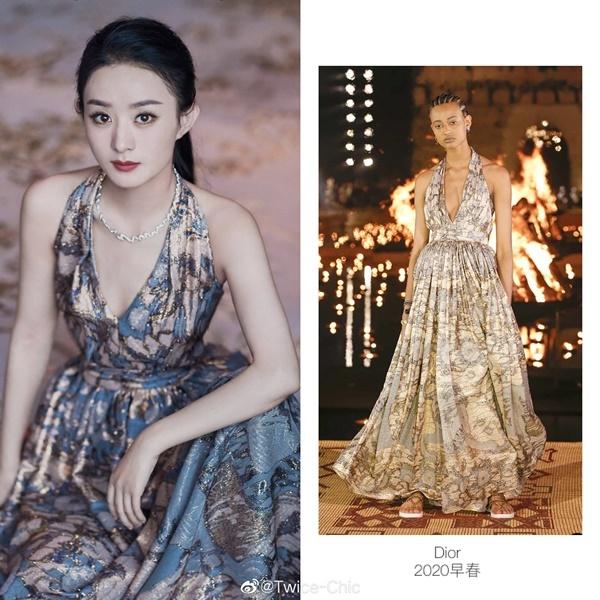 So sánh với ảnh diện thiết kế này của người mẫu, Triệu Lệ Dĩnh đã khâu một đoạn phần ngực cho kín đáo hơn, gần như không bị lộ vòng một.