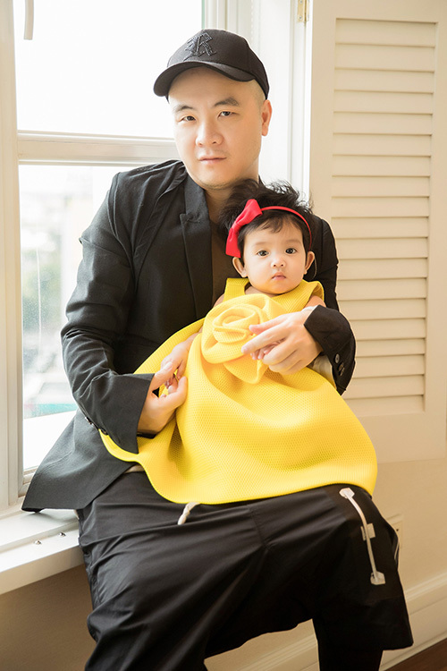 Ngày 2/5, Đỗ Mạnh Cường nhận nuôi con thứ hai. Bé gái được anh đặt tên khai sinh là Đỗ Phạm Hà My, tên gọi ở nhà là MyMy. Anh biết MyMy thông qua một người nuôi nhiều trẻ mồ côi, vô gia cư. MyMy bị bố mẹ bỏ rơi khi mới được ba ngày tuổi.