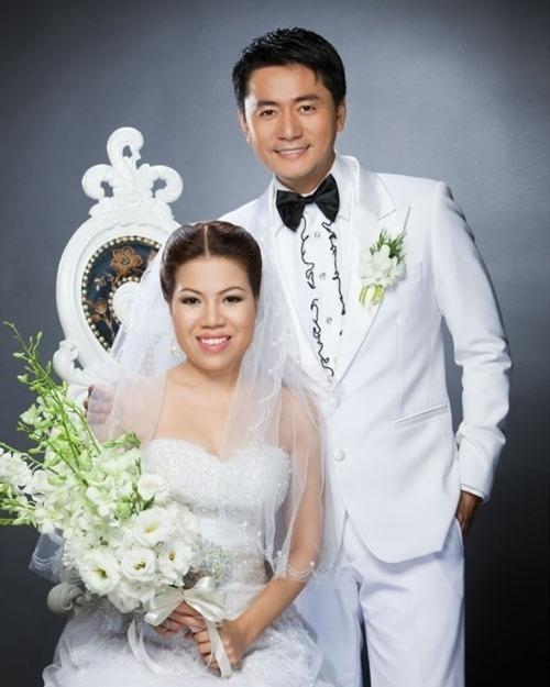 Trương Minh Cường kết hôn cùng Thu Huyền năm 2009. Cả hai đến với nhau nhờ sự mai mối từ một người bạn. Kết hôn với Jang Dong Gun bản Việt, nhan sắc Thu Huyền bị chêkhông tương xứng với chồng.