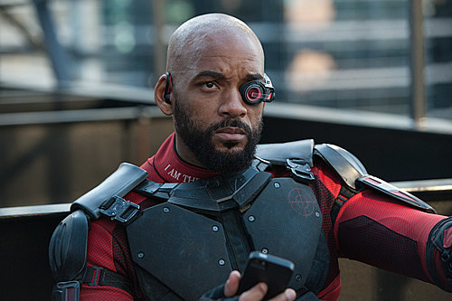 Vai Deadshot của Will Smith trong Suicide Squad.
