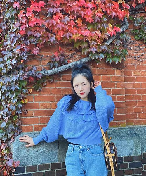 Phương Ly khoe ảnh trong chuyến du lịch Nhật Bản mùa lá đỏ.