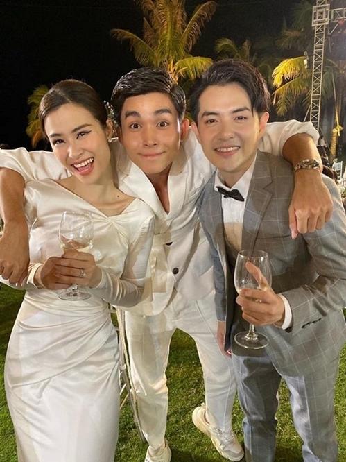 Jun Phạm là khách mời thân thiết dự tiệc cưới của Đông Nhi - Ông Cao Thắng hôm 9/11 tại Phú Quốc.
