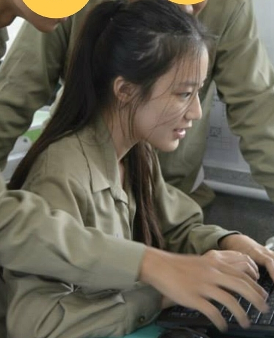 Ảnh quá khứ của mỹ nhân (G)I-DLE khiến netizen kinh ngạc - 2