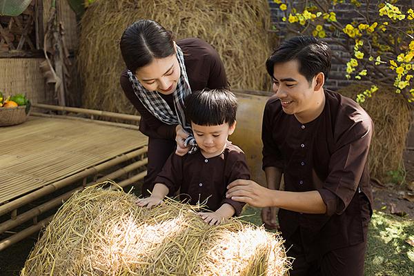 Sau khi Ngọc Lan sinh con, Thanh Bình luôn bên cạnh động viên vợ đi làm vì sợ cô ở nhà chăm con một mình sẽ buồn và dễ mắc chứng trầm cảm sau sinh. Với Ngọc Lan, ông xã là mẫu người đàn ông của gia đình mà bất kỳ cô gái nào cũng muốn lấy được.