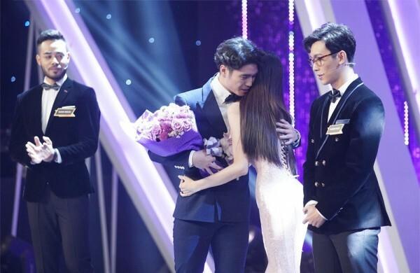 Huy Trần khiến Hương Giang bị rung động tại show hẹn hò.