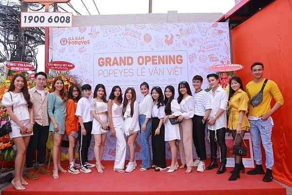 Sự xuất hiện của Popeyes Lê Văn Việt đặt dấu mốc mới cho hành trình phát triển của chuỗi gà rán tại hai đô thị hàng đầu là TP HCM và Hà Nội.
