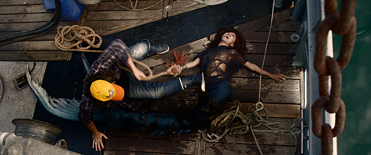 Hình ảnh trong phim Người cá báo thù.