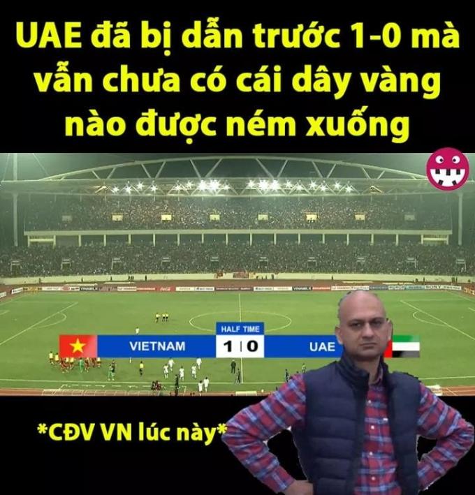 <p> Tại chung kết Asian Cup 2019, CĐV UAE ném dây chuyền vàng, vòng vàng xuống sân khi để thua Qatar. Và đây là tâm trạng CĐV Việt lúc này. </p>