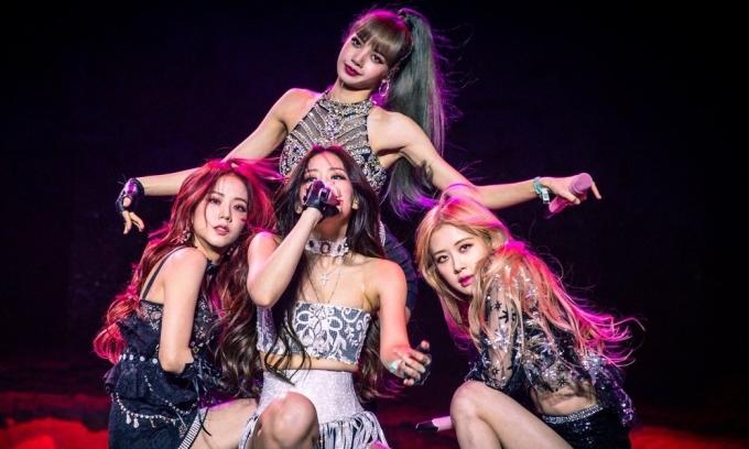 Fan kêu gọi Black Pink rời YG vì bị đối xử tệ bạc