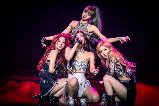 Fan cho rằng công ty nên tập trung quảng bá Black Pink thay vì cho nhóm hoạt động nhỏ giọt.