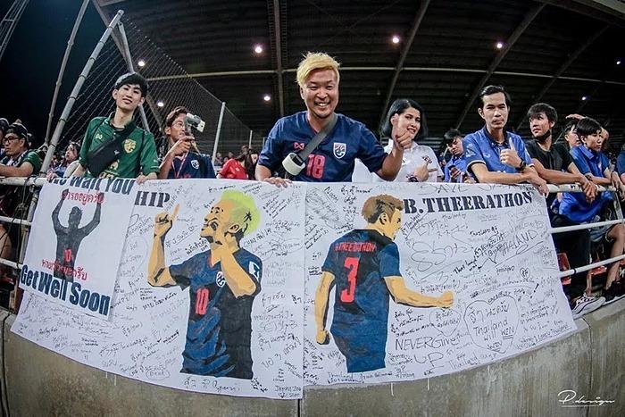 Fox Sports: Người hâm mộ Nhật đi khắp Đông Nam Á cổ vũ Thái Lan