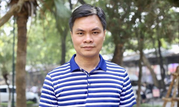 Giáo sư Toán trẻ nhất Việt Nam: Dạy Toán nhưng mê văn học