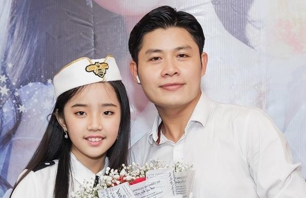 Thiên Nga và nhạc sĩ Nguyễn Văn Chung.