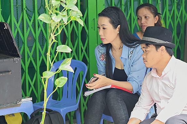 Trịnh Kim Chi trên phim trường.
