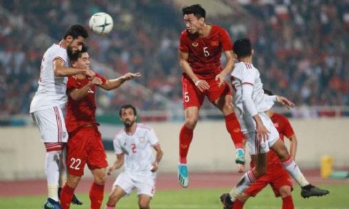 CLB Heerenveen khen Văn Hậu sau trận gặp UAE