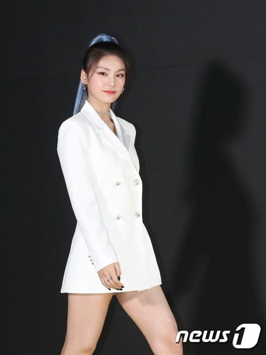 Dàn sao Hàn đọ nhan sắc ở Vlive Awards V Hearbeat 2019 - page 2 - 1