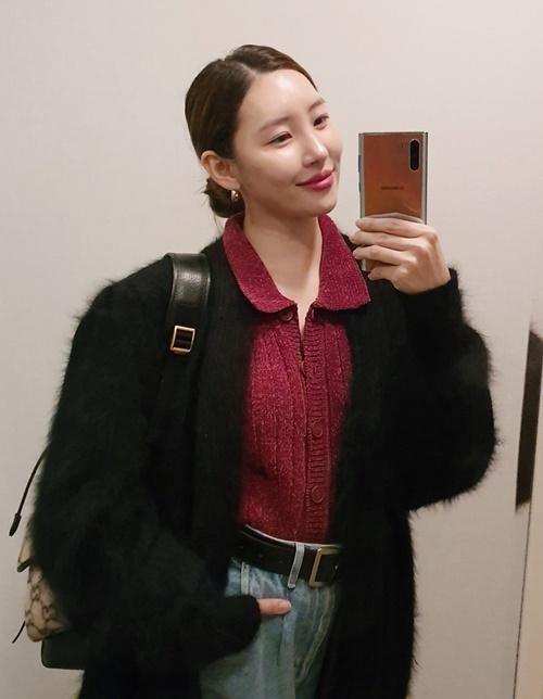 Instagram sao Hàn 16/11 - page 2 - 4