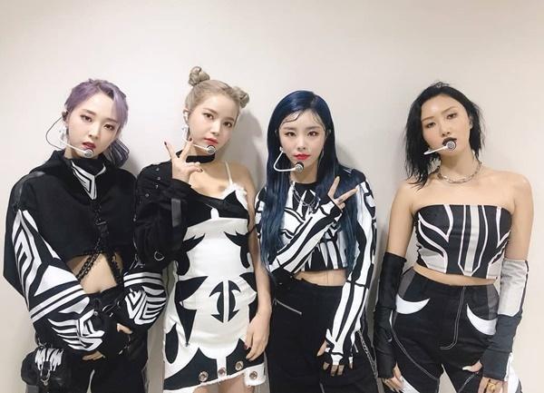 Mamamoo liên tục biến hóa các concept bắt mắt khi tham gia show âm nhạc.