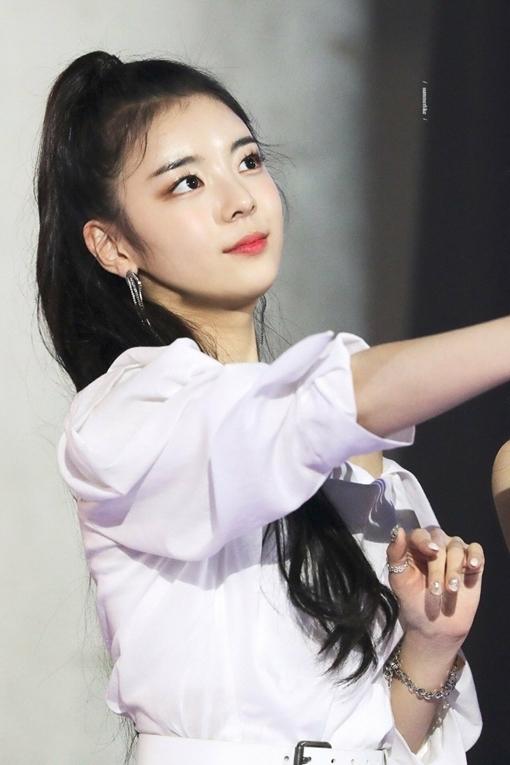 Nét ngọt ngào, nữ tính của Lia nếu được SM nhào nặn nhất định sẽ trở thành một visual đáng gờm của Kpop thế hệ mới.