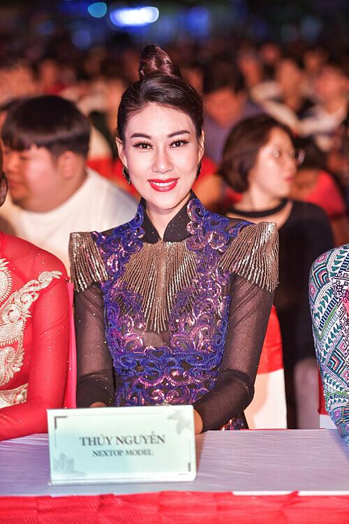 Thúy Nguyễn Next Top.