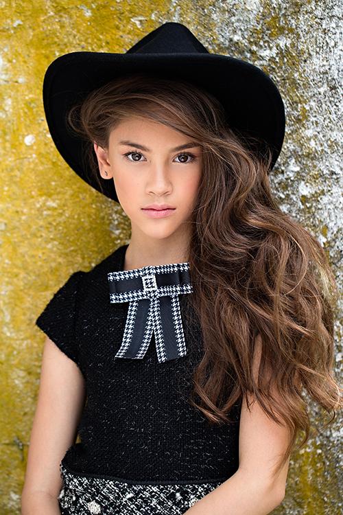 ãng quản lý người mẫu nổi tiếng tại Mỹ BMG gọi điện để ký hợp đồng làm việc tại Mỹ tuy nhiên vì chưa chính thức định cư tại Mỹ nên Lucy đã hẹn gặp lại sang năm.