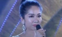 Màn ứng xử lúng túng của thí sinh 'Người đẹp xứ Dừa'