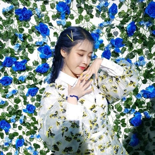IU được ví như tiên tử với concept lãng mạn trong album mới.