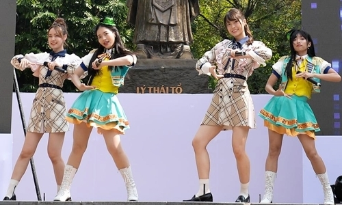 SGO48 hát nhảy cùng AKB48 tại Việt Nam