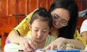 Cô giáo làng 17 năm bị liệt, 11 năm dạy học miễn phí