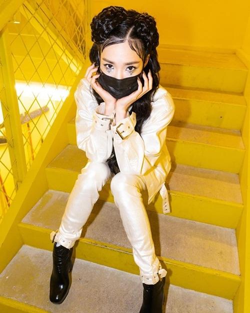 Tiffany đang tất bật chạy show diễn tại Mỹ.