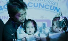 Vợ chồng Hoài Lâm khoe ảnh hai con gái