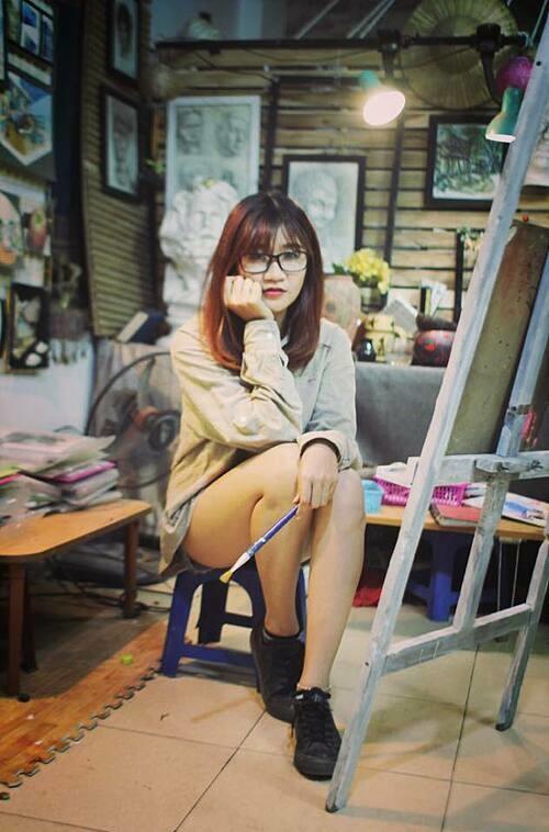 Nữ họa sĩ trẻ Ngọc Anh.