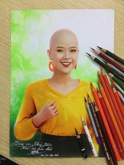 Nữ họa sĩ trẻ chia sẻ bức tranh vẽ Thủy Tiên lên trang cá nhân. Ảnh: NVCC