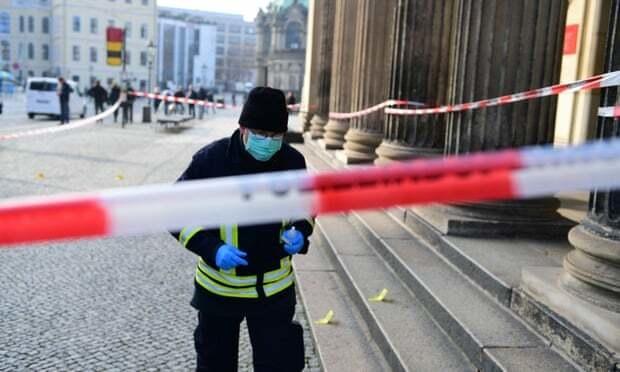 Cảnh sát Dresden đang điều tra vụ trộm đột nhập vào Hầm Xanh. Ảnh: EPA.