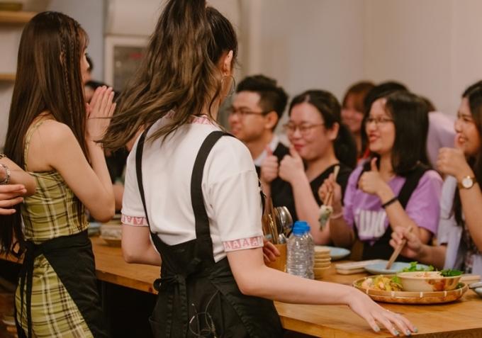<p> Người hâm mộ khen ngợi những món ăn do (G)I-DLE vào bếp.</p>