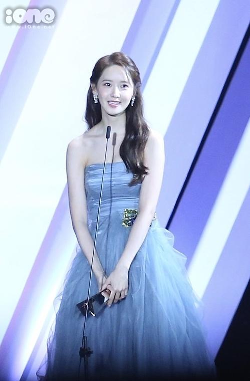 Yoona xinh đẹp ở AAA 2019. Ảnh: Duong Pham
