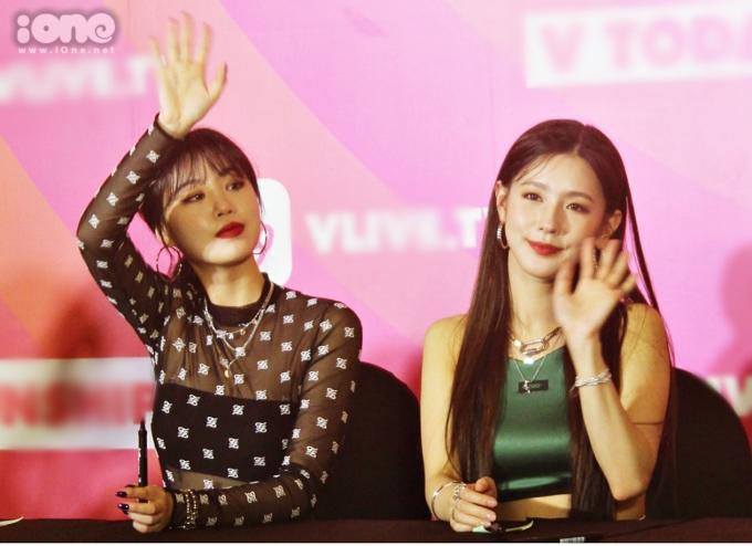 """<p> Hai cô nàng là cặp đôi được fan """"đẩy thuyền"""" nhiệt tình trong (G)I-DLE. <em>Ảnh: Habi Jung.</em></p>"""