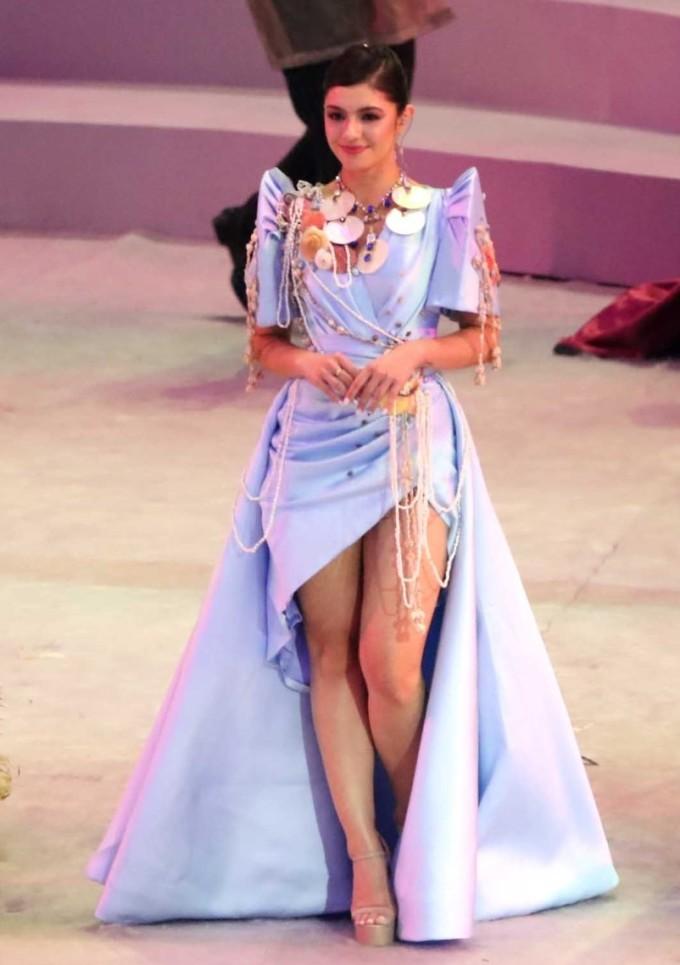 <p> Đại diện cho đoàn thể thao Lào là Hoa hậu Cynthia Thomalla vừa đăng quang Miss Eco International năm ngoái.</p>