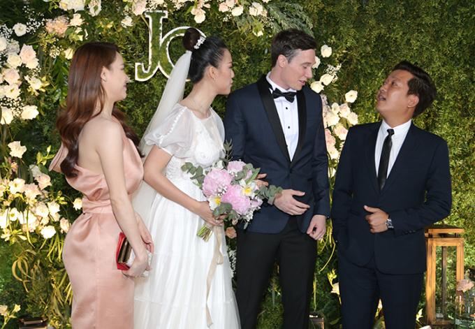 Kết quả hình ảnh cho trường giang dự đám cưới hoàng oanh
