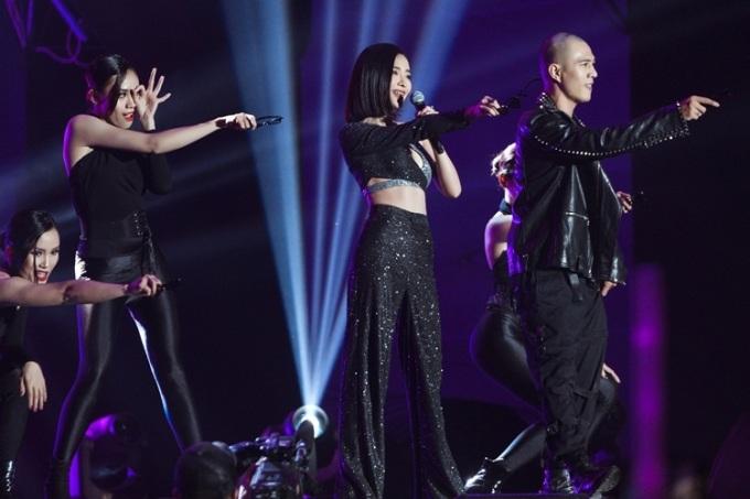 Bích Phương được nhiều fan quốc tế tìm kiếm sau sự xuất hiện ở AAA 2019.